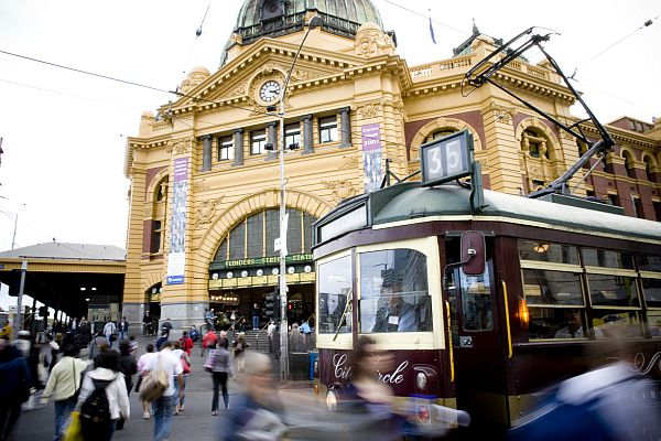 City Circle Tram at Flinders Street Station