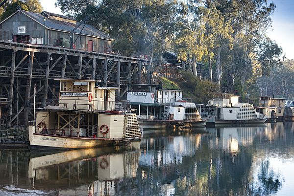 Paddle steamers at Echuca Wharf