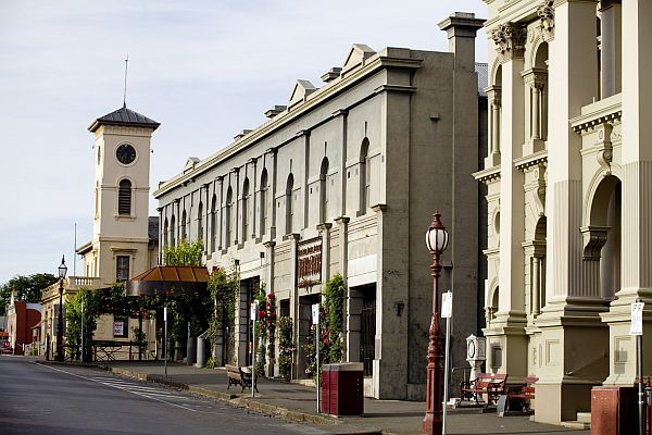 Daylesford main street and Post Office