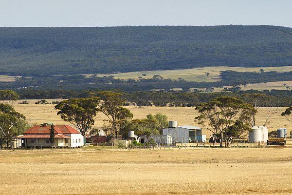 Rural property near the Ravensthorpe Range